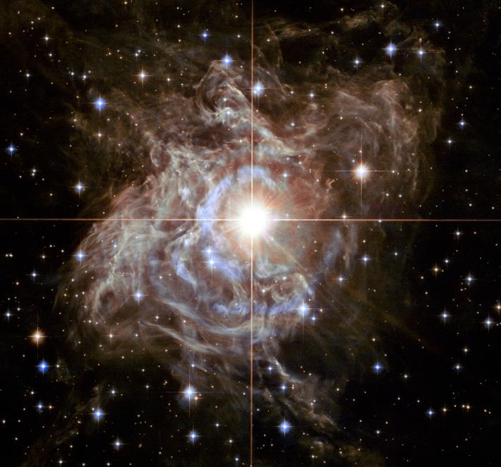NASA откри звезда, излъчваща колкото 10 милиона слънца