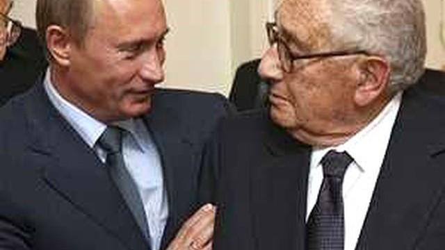 Кисинджър предупреди Путин, че орденът, контролиращ Обама-Клинтън, вече не може да се спре, предстои война