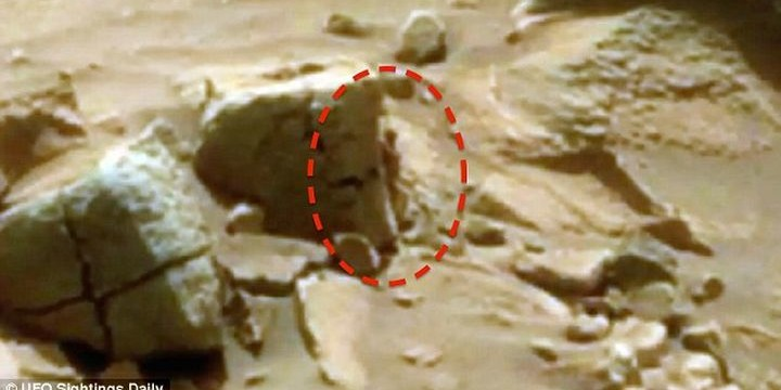 Curiosity   засне истински марсианец (видео)