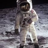Невероятно: На официалния сайт  на НАСА бяха публикувани стенограми за срещи на астронавти с извънземни