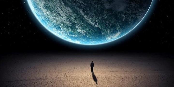 Човечеството се е появило на планетата Земя  за да обезпечи нейния  преход в  състояние на звезда