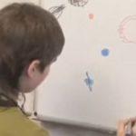 """Dailymail: Руското """"момче от Марс"""" възнамерява да спаси Земята (видео)"""