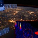 Агенция BPEarthWatch съобщи: В атмосферата на Земята навлезе огромен НЛО (видео)