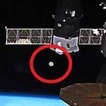 Загадъчен запис от МКС: Извънземен кораб, сателит на извънземна цивилизация или втория спътник на Земята ? (видео)