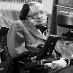Почина Стивън Хокинг