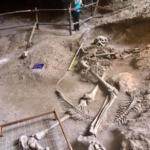 Гигантски човешки скелет, открит в  Khao Khanap Nam Cave (видео)