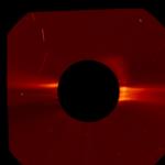 Не един, а няколко гигантски НЛО наведнъж се появиха близо до Слъцето (видео)