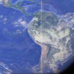 """Аномална права """"линия от облаци"""", която се простира над цялата Земя, заснеха камерите на МКС (видео)"""