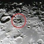 Огромен НЛО на Луната (видео)